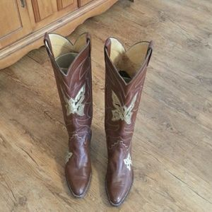 Woman's Justin Boots size 7 1/2